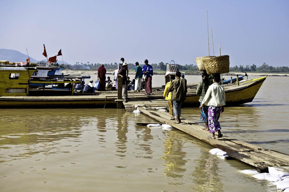 Birmańskie łodzie