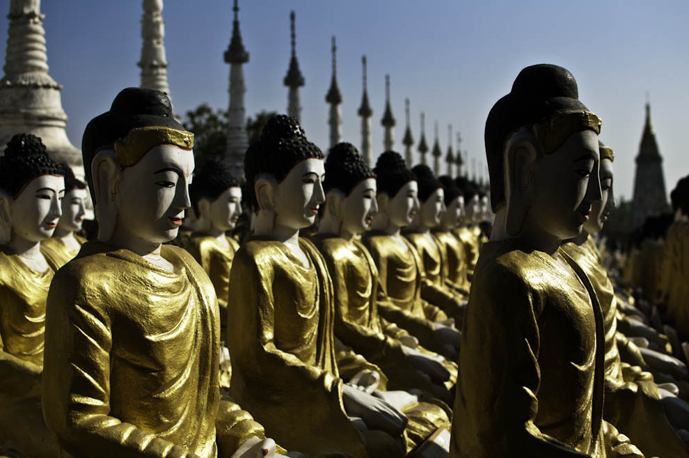 Budda, budda i jeszcze setki razy budda