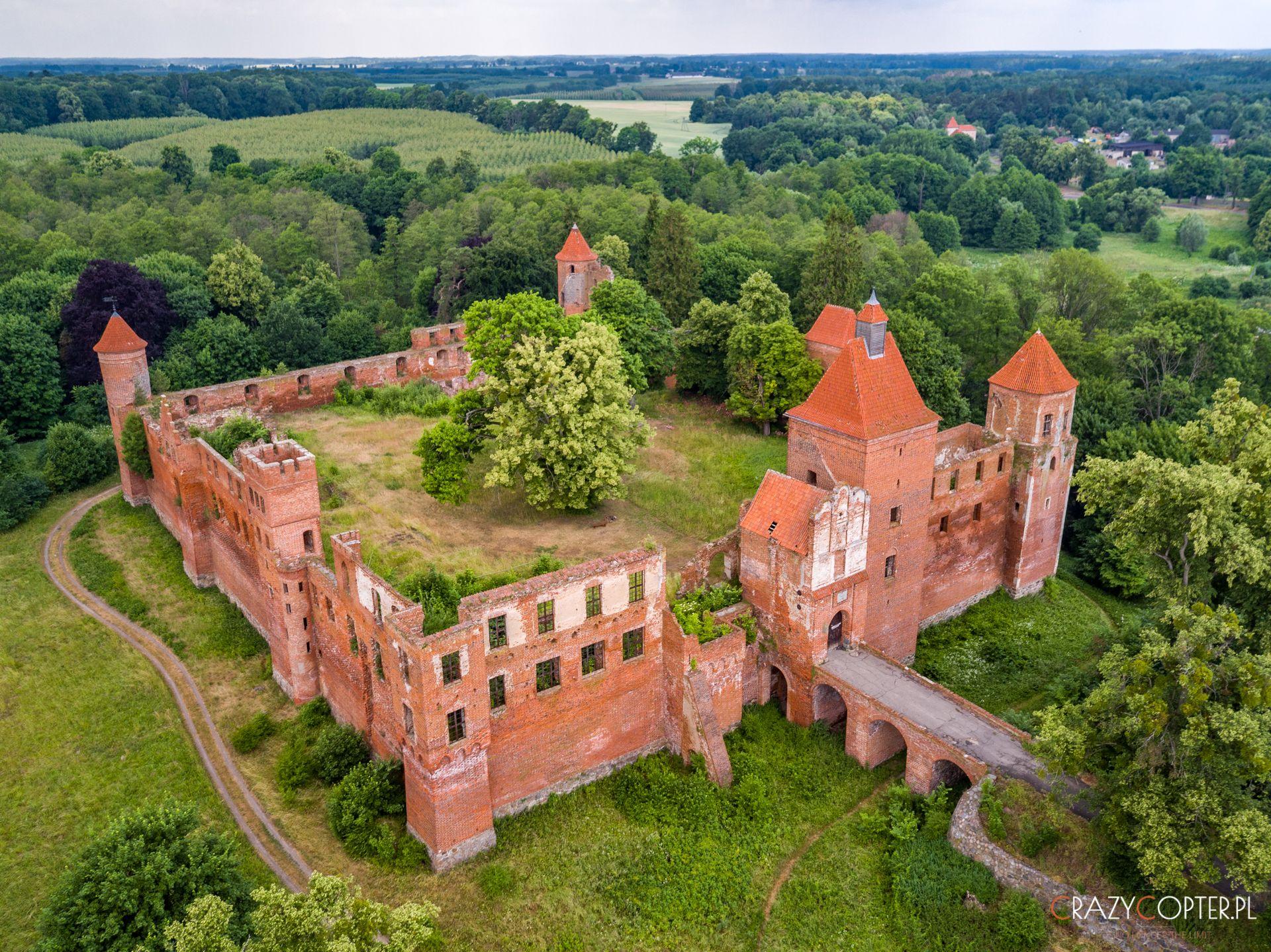 Zamek wSzymbarku - zdjęcie zdrona