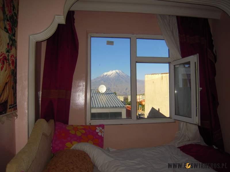 Pokój z widokiem na Ararat.