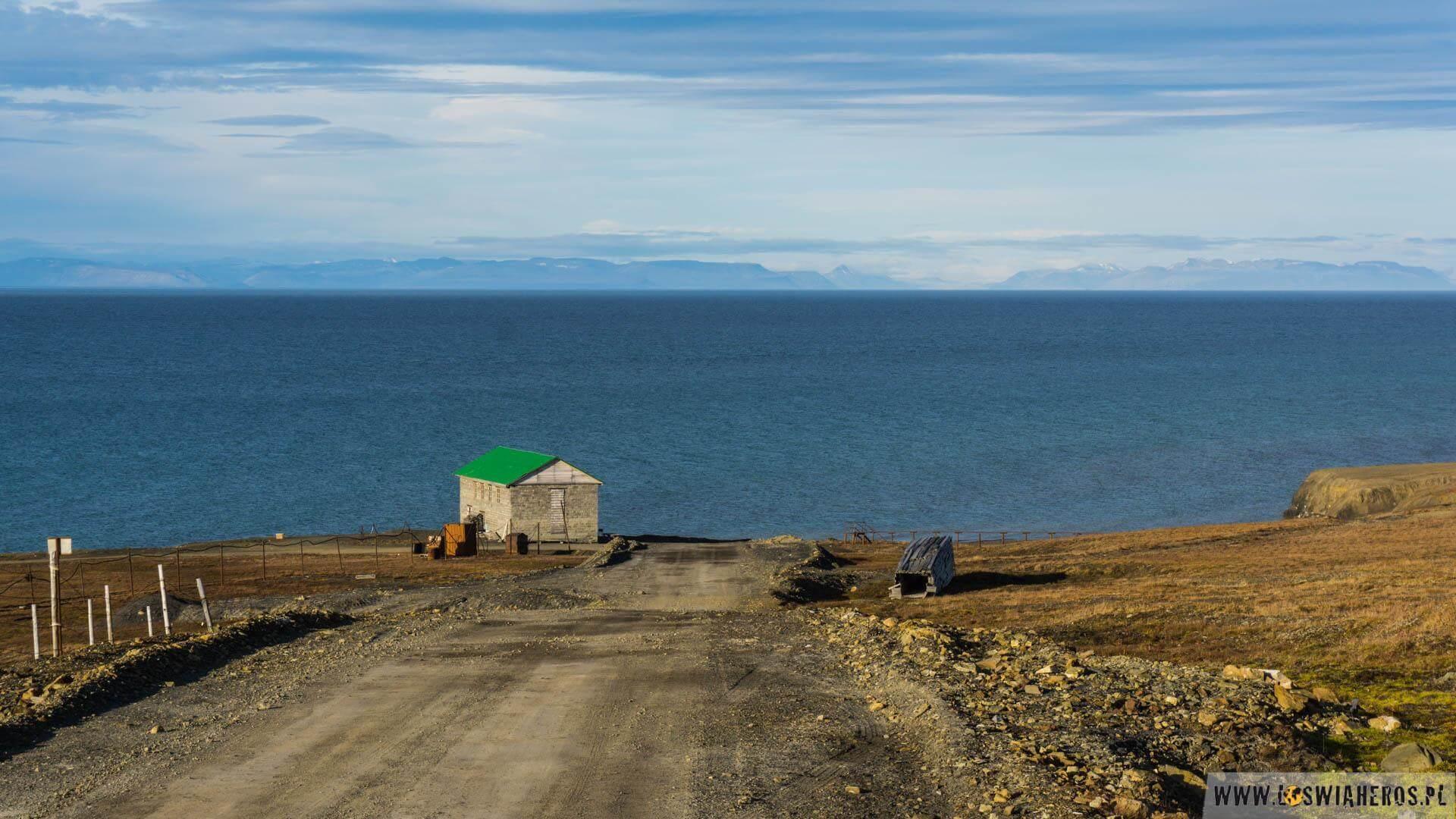 Na wylotówce z Barentsburga
