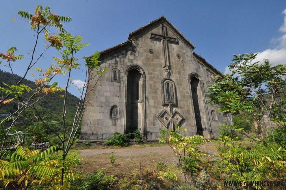 armenia)debet_klasztor_akhtala