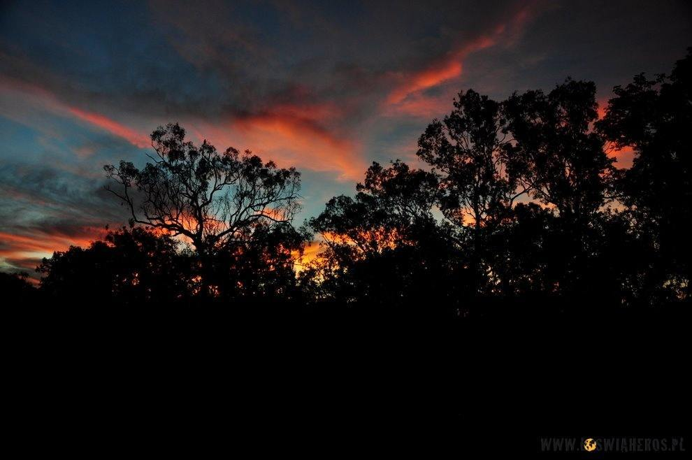 Zachód słońca wTerytorium Północnym