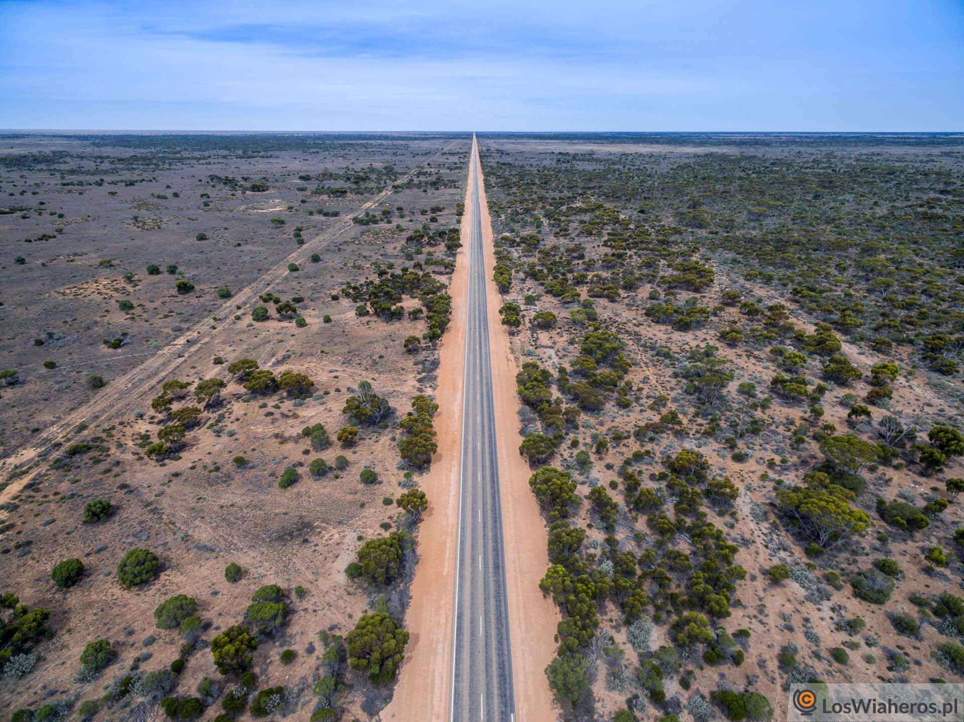 Nullarbor, 146 km bez zakrętu, Western Australia