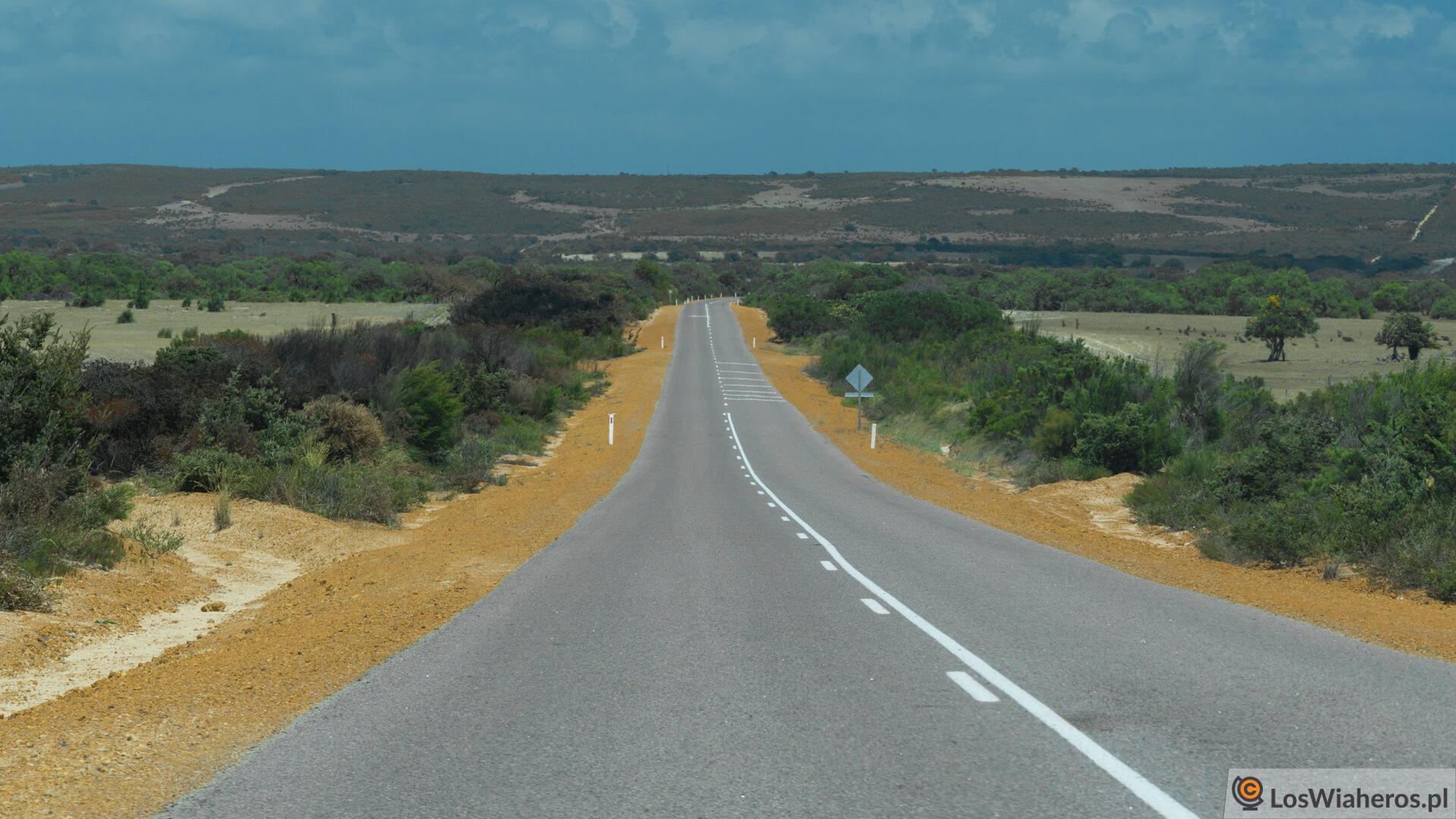Australia Zachodnia zpoziomu drogi stanowej.