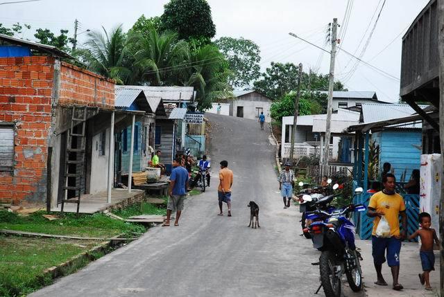 Jedna z wiosek, do których dobiliśmy i zapuściłem się w jej głąb.