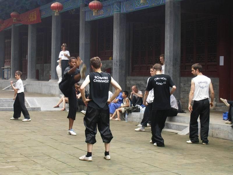 Kurs kung fu wklasztorze Shaolin.