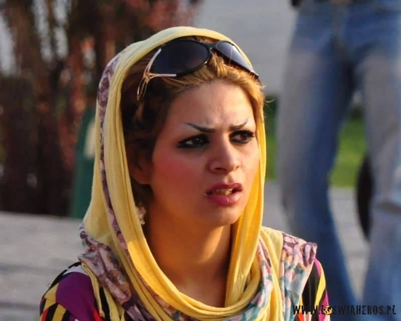 czador_make-up_i_okulary_wyzwolone_iranki2