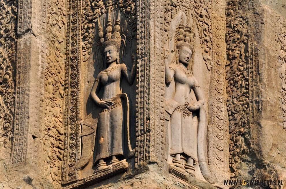 Płaskorzeźby naświątyniach wAngkor Wat.