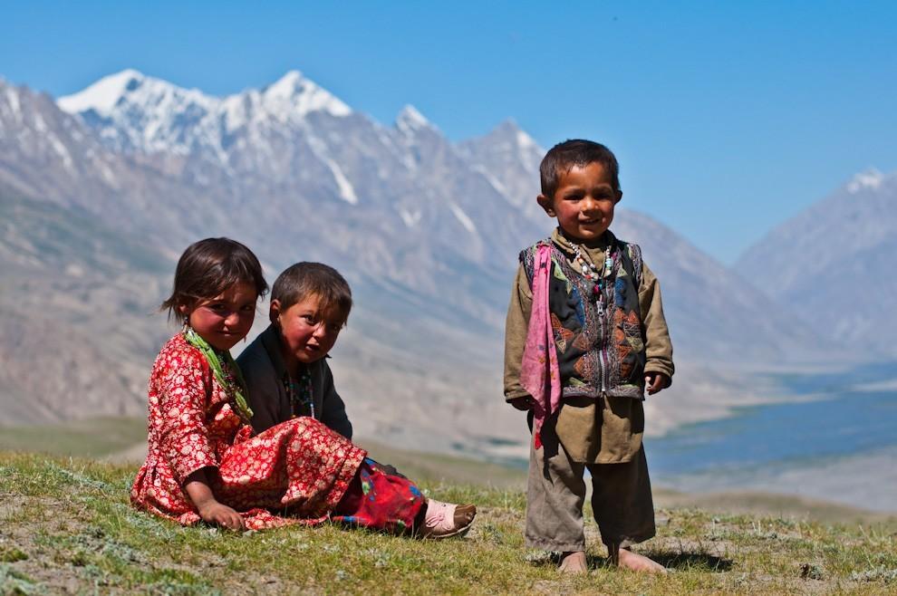 dzieci_afganskich_nomadow_20130726_1682474700
