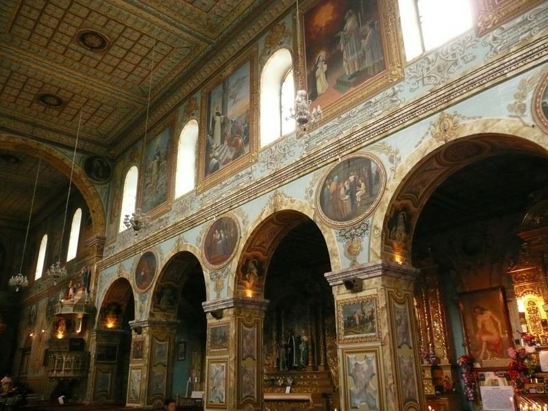 Piekne kościoły Quenci.