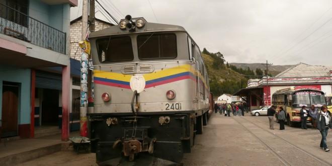 Nariz del Diablo z Riobamby i wykolejony pociąg