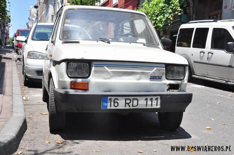 Fiat 126p na prawie unijnych blachach
