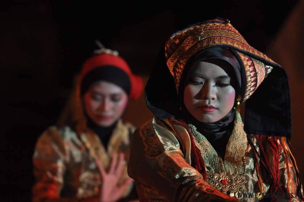 Zespół folkowy z Sumatry