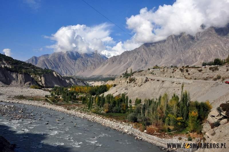 karimabad_i_dolina_hunzy_pakistan4