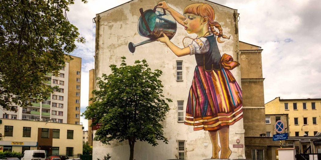 Mural najlepsze znaleziska i wpisy o mural w for Mural bialystok dziewczynka z konewka