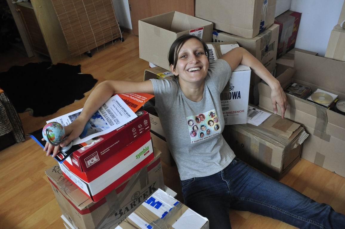 Pakowanie kartonów przedwyjazdem w2009 roku.