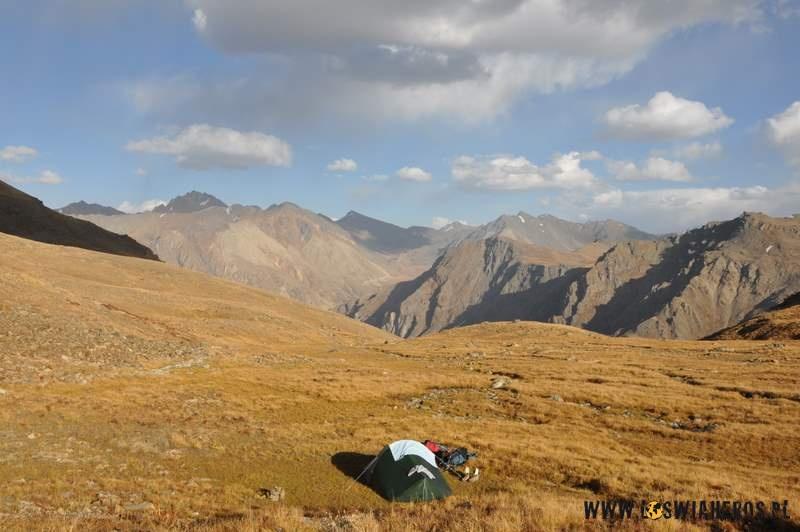 Nasz namiocik podPrzełęczą Burji - Karakorum