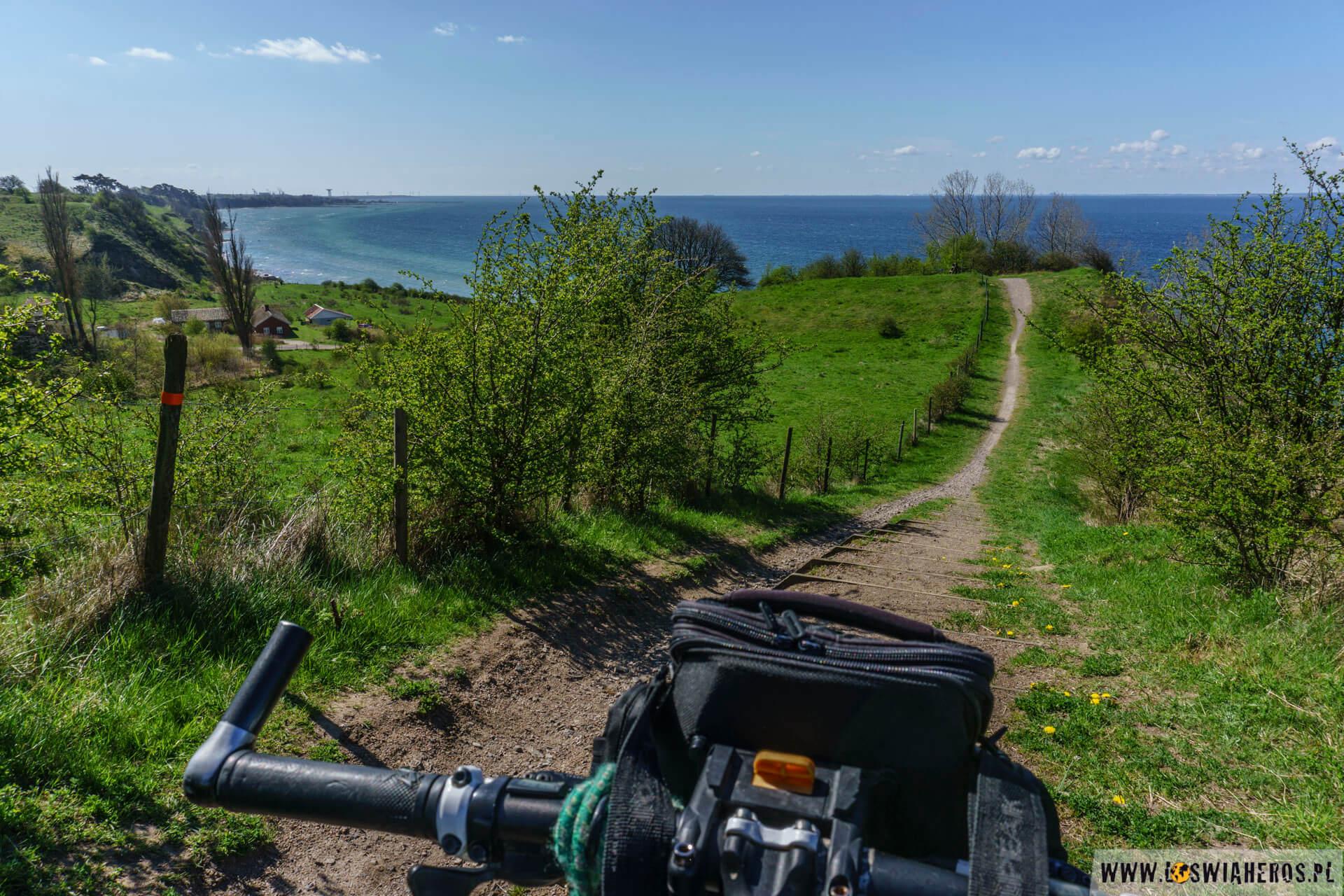 Okey, to nie była ścieżka rowerowa, ale i tak było ładnie :)