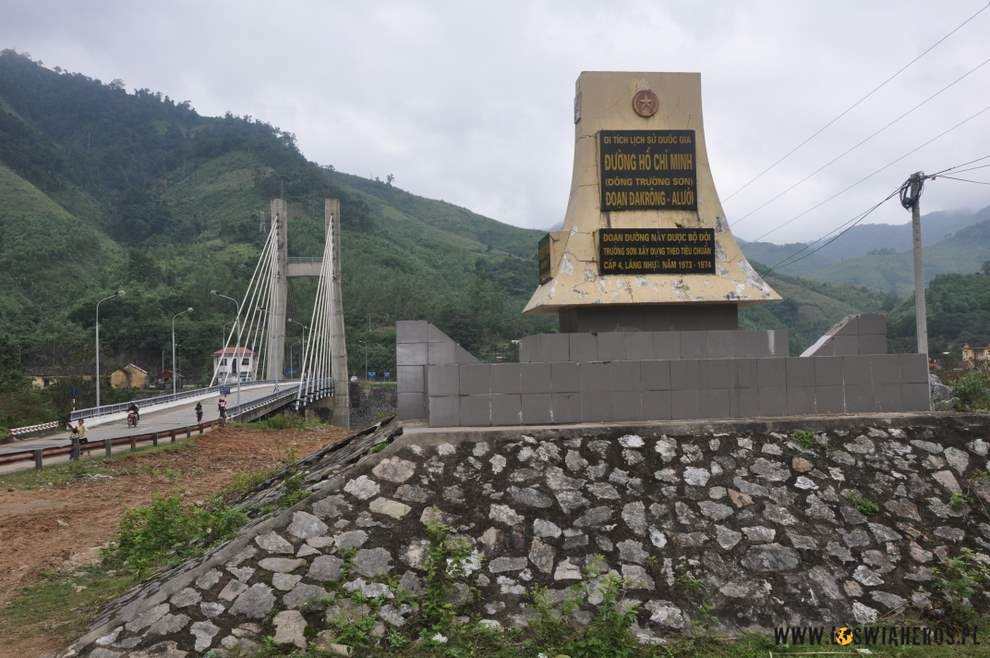 Dakrong Bridge - legendarny Szlak Ho Chi Minh (Trail)