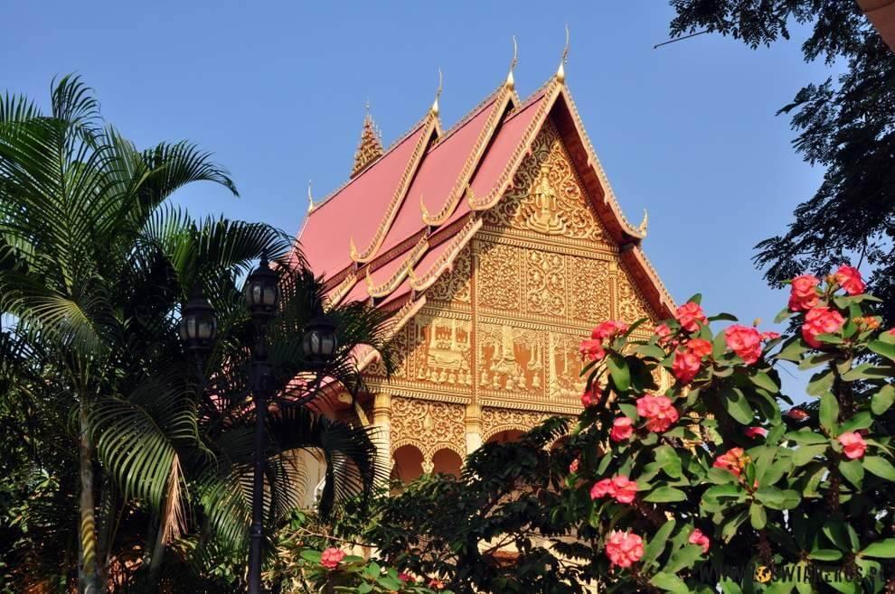 Waty wVientiane, stolicy Laosu