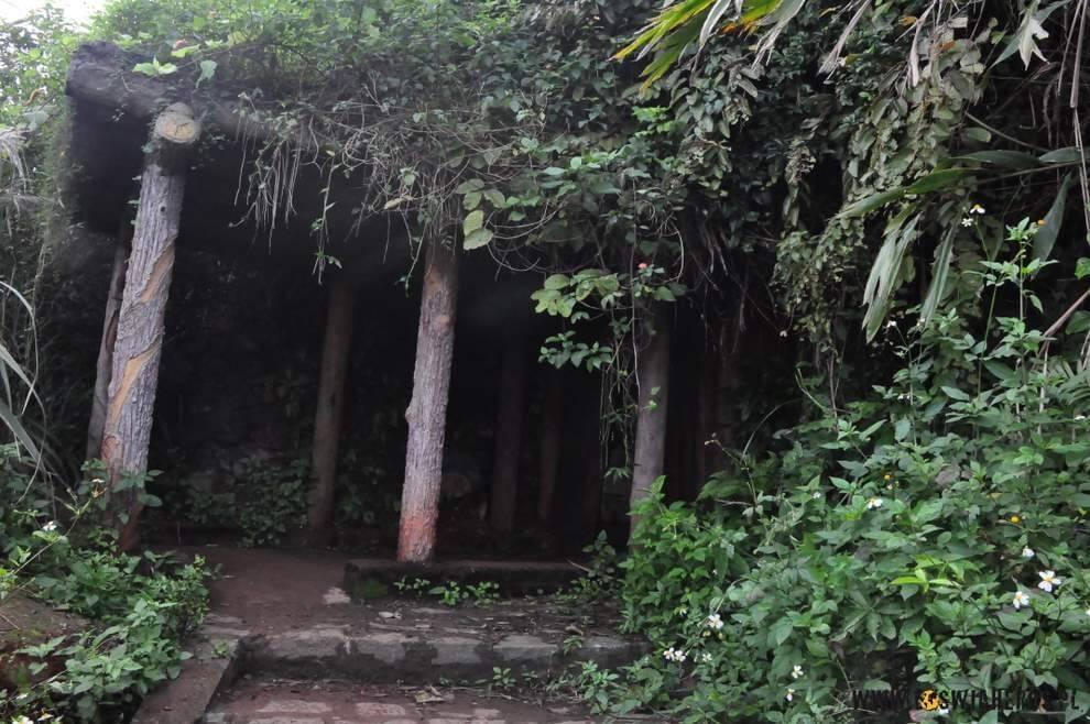 Wejście od morza do tuneli cywilnych w Vinh Moc