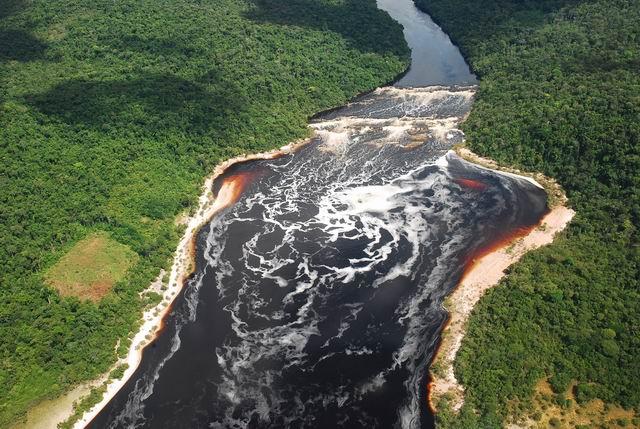 Park Narodowy Canaima.