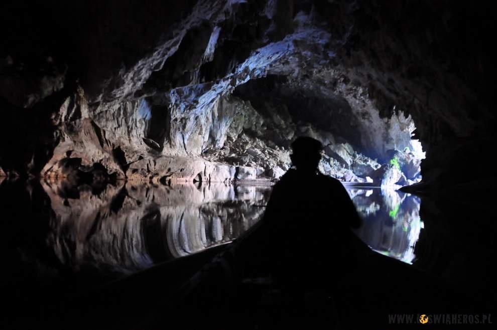 Tuż przedkońcem jaskini  Kong Lo