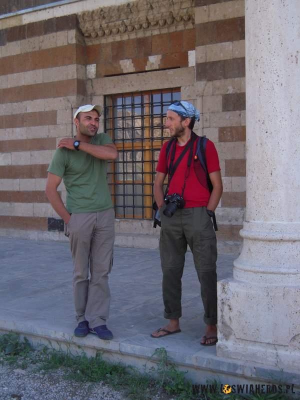 z_chlopakiem_agnieszki_przed_meczetem_turcja
